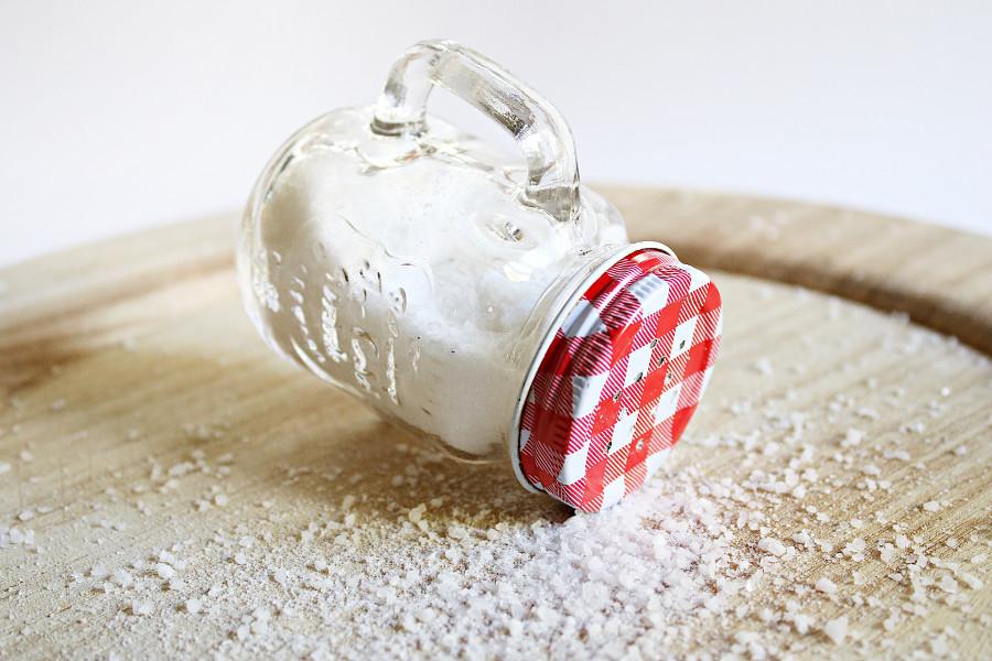 Wpływ jodu na pracę tarczycy sól jodowana hashimoto